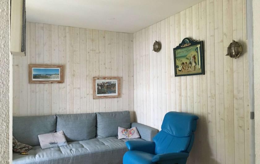 Location de vacances - Villa à Saint-Denis-d'Oléron - Le salon télé