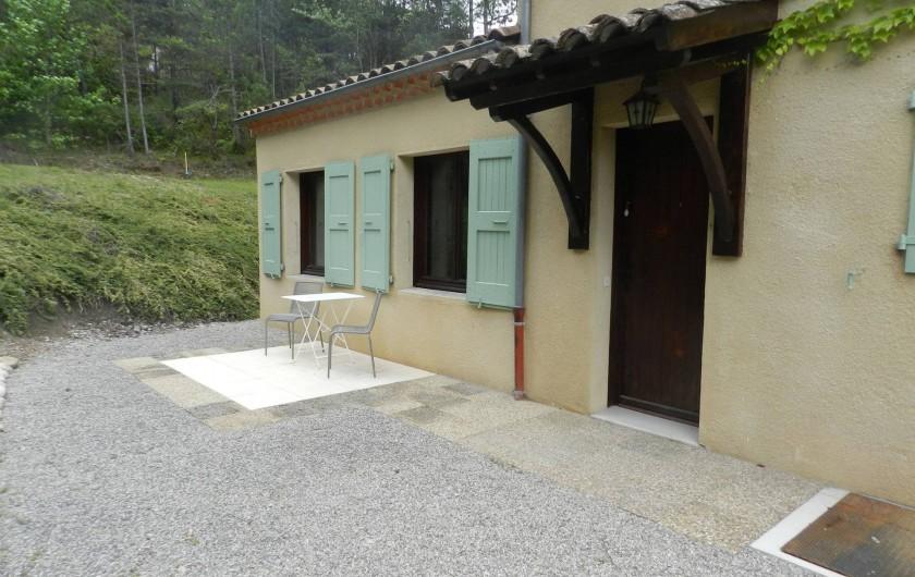 Location de vacances - Gîte à Saint-Roman - entrée