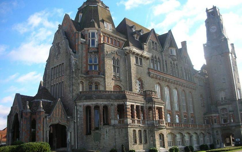 Location de vacances - Studio à Le Touquet-Paris-Plage - HOTEL DE VILLE