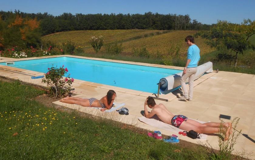 Location de vacances - Gîte à Tournon-d'Agenais - La piscine à partager avec les autres locataires