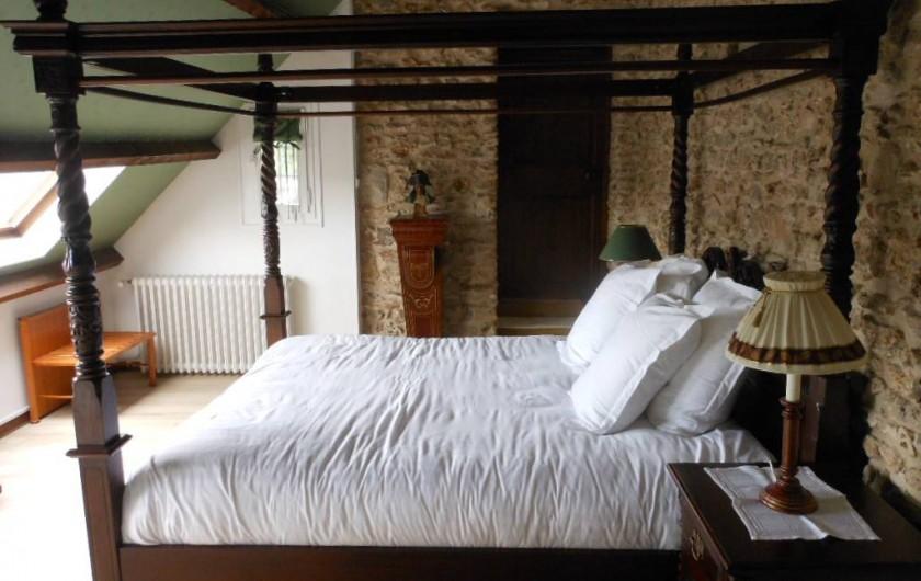 Location de vacances - Chambre d'hôtes à Bailleau-Armenonville - Chambre principale de la suite Napoléon