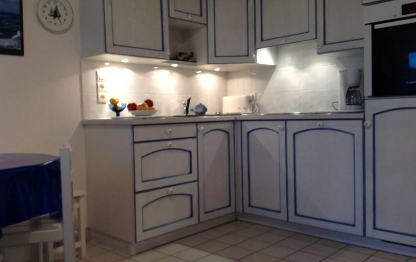 Location de vacances - Appartement à Damgan - Cuisine aménagée