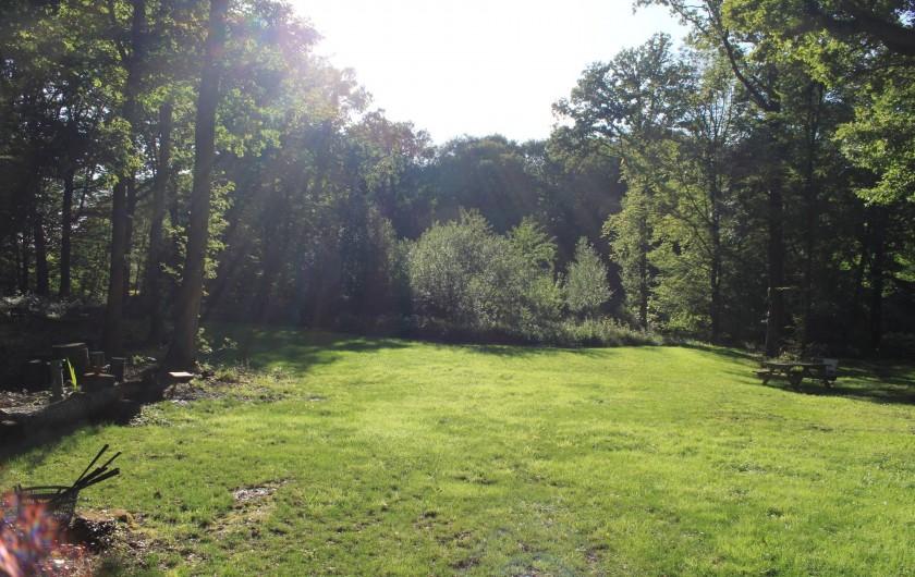 Location de vacances - Chalet à Ruminghem - le jardin , la vue du chalet