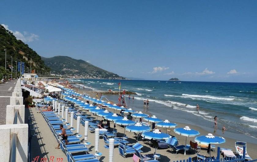 Location de vacances - Appartement à Alassio - la plage
