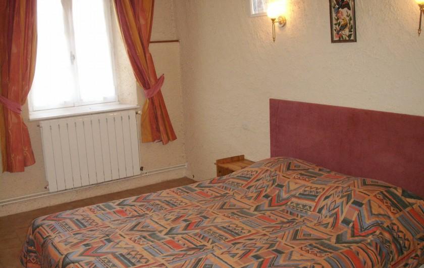 Location de vacances - Appartement à Airoux - chambre double de l'appartement Corail