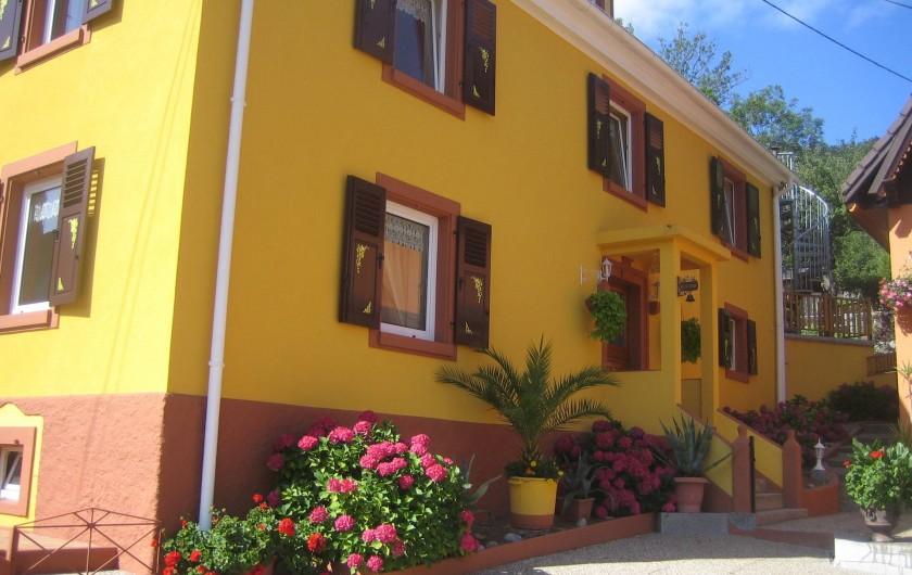Location de vacances - Villa à Sondernach - maison vue de la cour