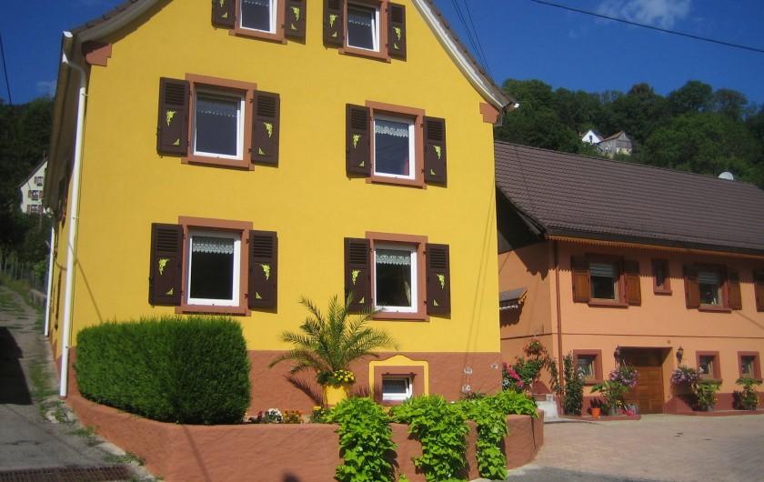 Location de vacances - Villa à Sondernach - façade vue de la route