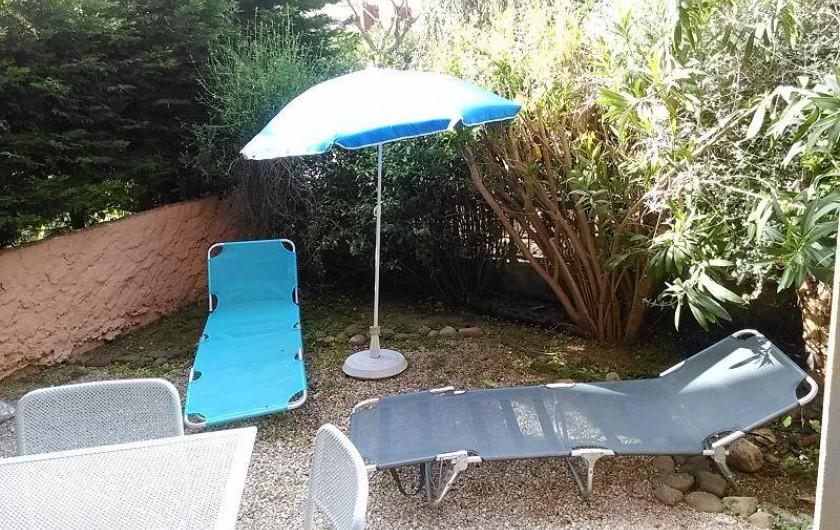 Location de vacances - Appartement à Saint-Mandrier-sur-Mer - jardin