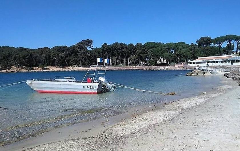 Location de vacances - Appartement à Saint-Mandrier-sur-Mer - Plage