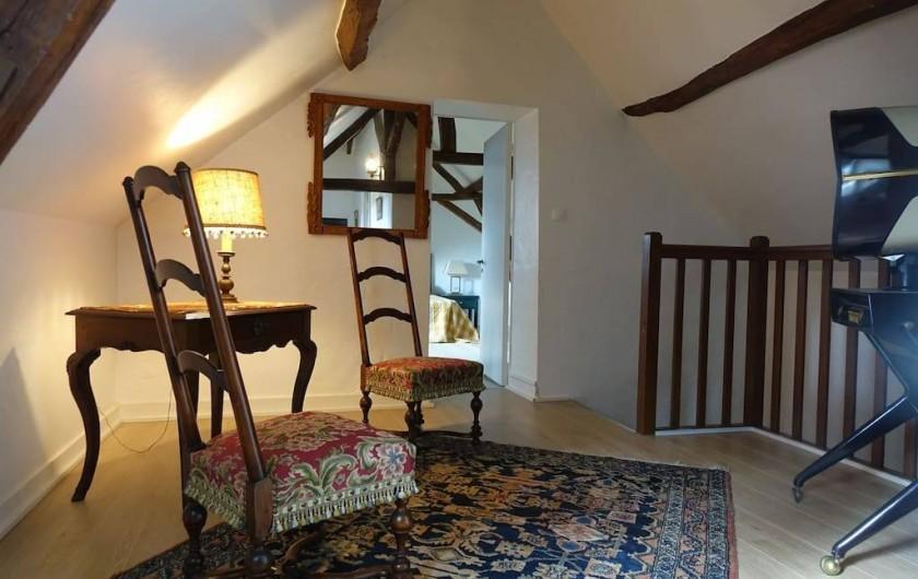 Location de vacances - Maison - Villa à Fondettes - palier arrivée escalier
