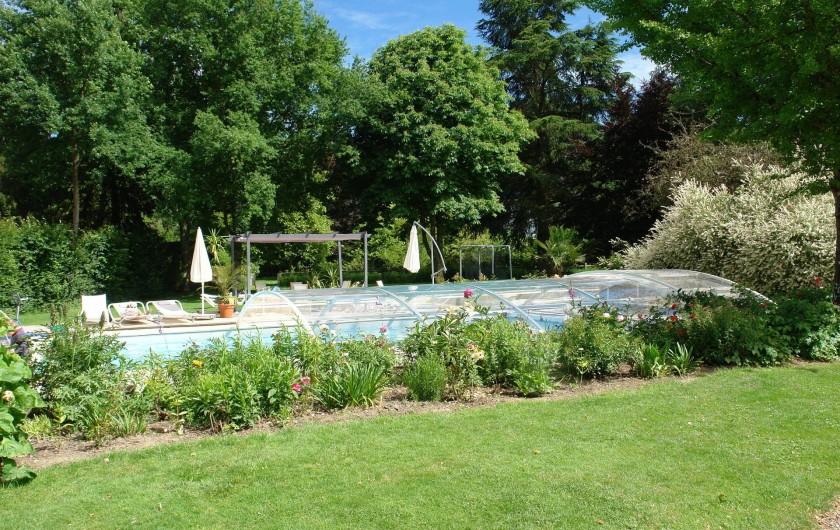 Location de vacances - Maison - Villa à Fondettes - accès piscine La Tourtellerie période juin à septembre