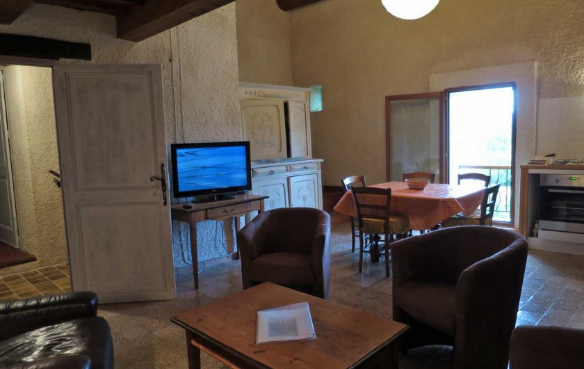 Location de vacances - Mas à Esparron-de-Verdon - Séjour  et espace repas