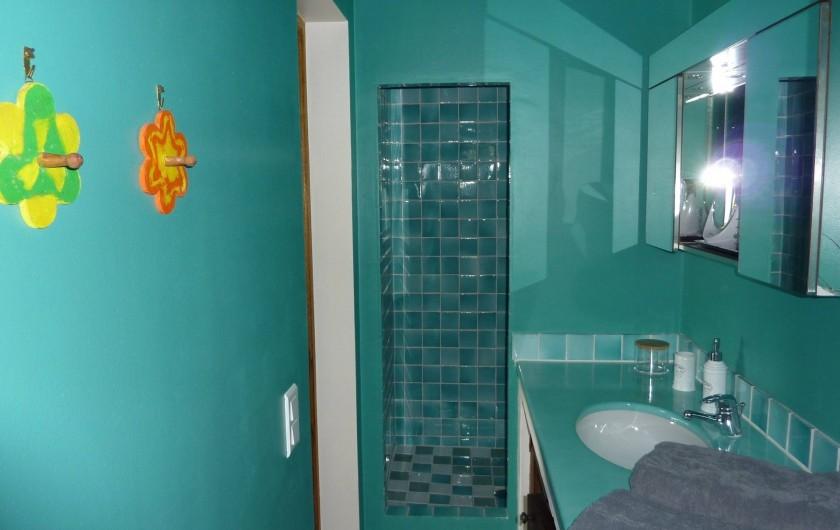 Location de vacances - Chambre d'hôtes à Bargemon - Salle de bains chambre 2