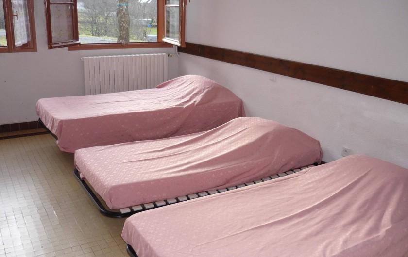 Location de vacances - Gîte à Estaing - 1ère chambre à 5 lits