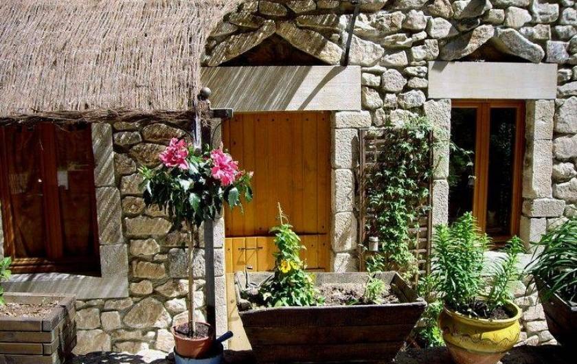 Location de vacances - Gîte à Joux - Maison de Joux