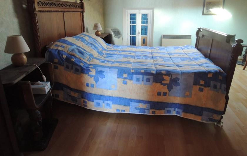 Location de vacances - Appartement à Villeneuve-Minervois - Chambre couple, lit 2 places