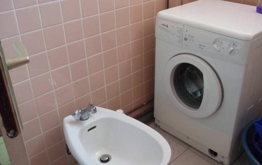 Location de vacances - Appartement à Les Anses-d'Arlet - Salle d'eau - machine à laver