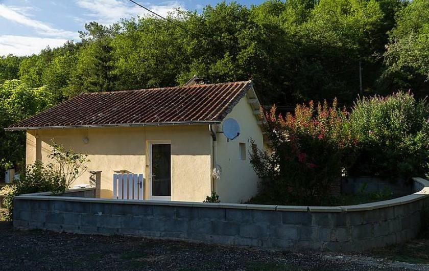 Location de vacances - Gîte à Valojoulx - étang