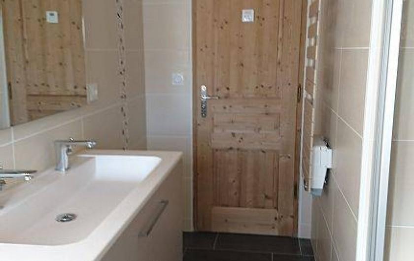 Location de vacances - Appartement à Les Rousses - Salle de bains