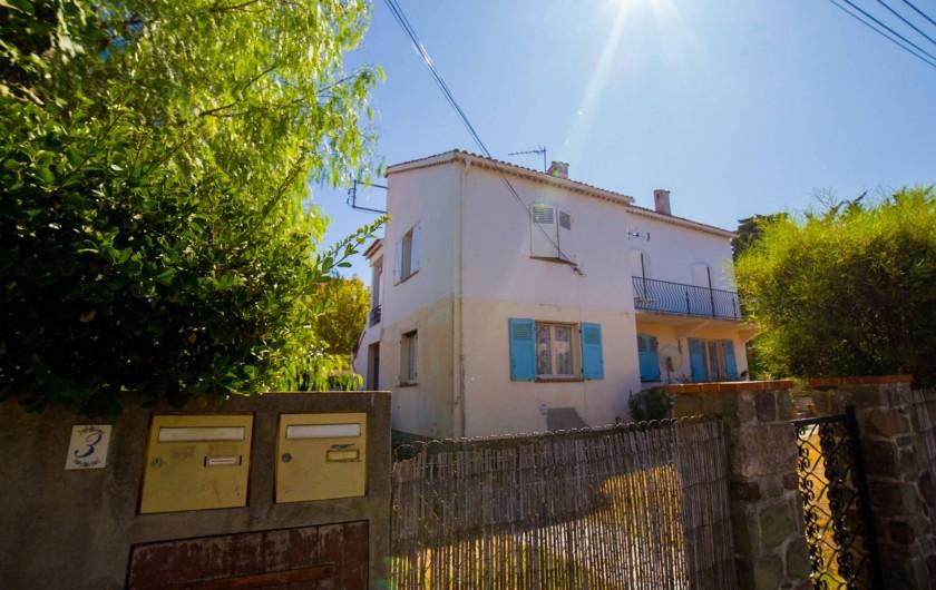 Location de vacances - Appartement à Saint-Tropez - chambre 2
