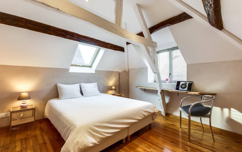 Location de vacances - Gîte à Saint-Benoît-sur-Loire - La chambre étage droite sur rue,  lit 160 ou lits simples