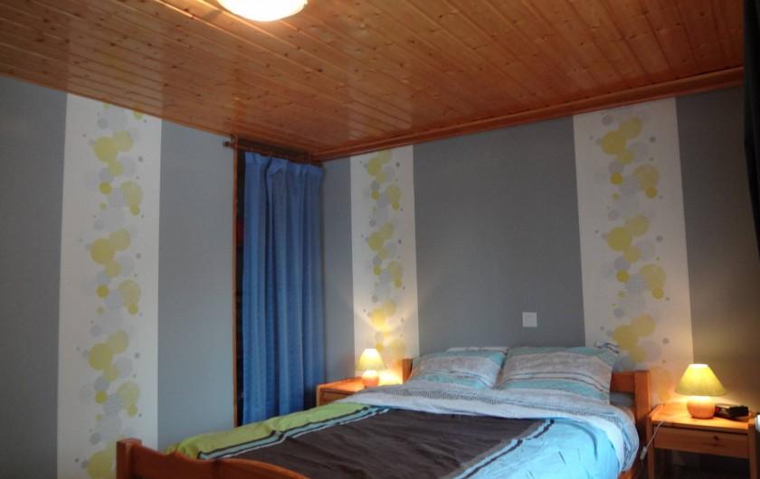 Location de vacances - Gîte à Orbey - La chambre à coucher.