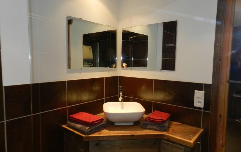 Location de vacances - Chalet à Bourg-Saint-Maurice - Salle de bains
