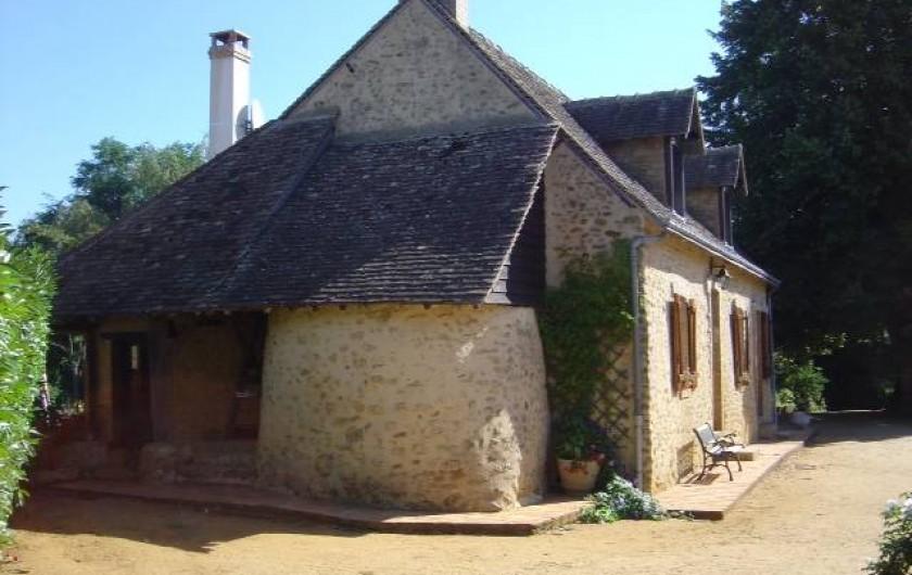 Location de vacances - Chambre d'hôtes à Lombron - pignon maison