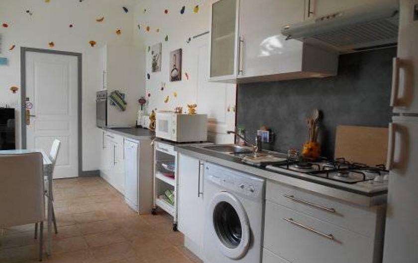 Location de vacances - Gîte à Saint-Vincent-sur-l'Isle - La cuisine