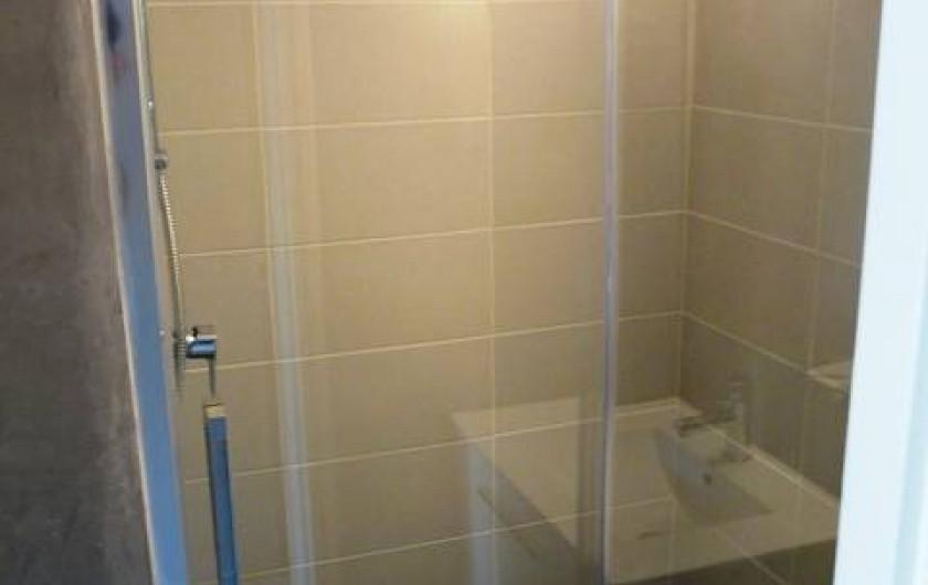 Location de vacances - Studio à Le Cap d'Agde - La salle de bain