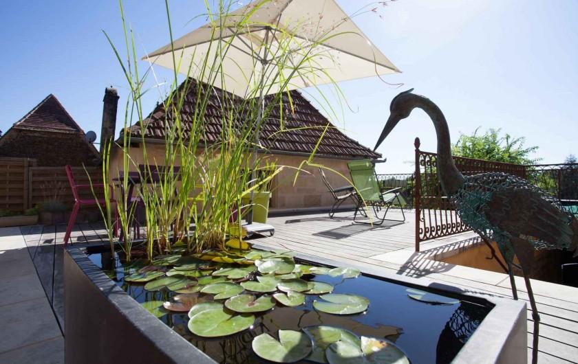 Location de vacances - Chambre d'hôtes à Carsac-Aillac - L'entrée piétonne par le village, accès terrasse.