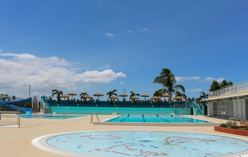 Location de vacances - Maison - Villa à Etang-Salé les Hauts - centre nautique municipal à 1 mn à pieds du logement