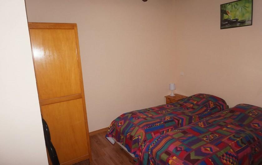 Location de vacances - Appartement à Aussois - chambre avec 2 lits une place