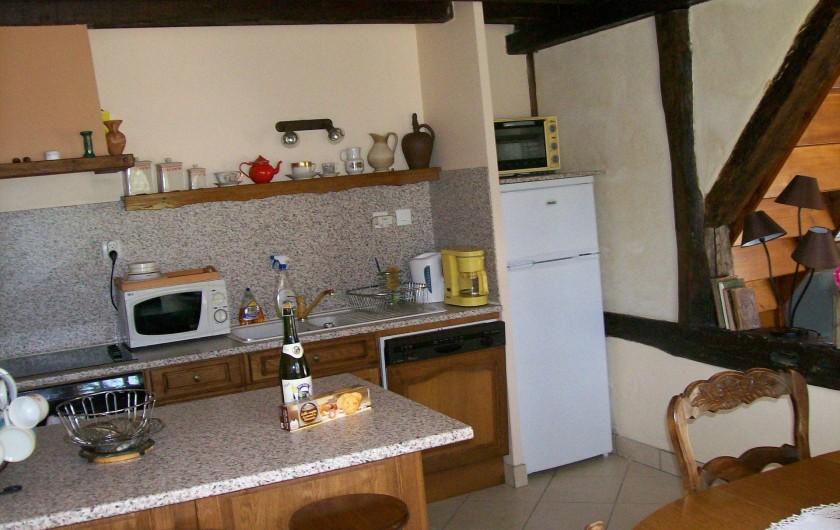 Location de vacances - Gîte à Nonant-le-Pin - cuisine et espace repas