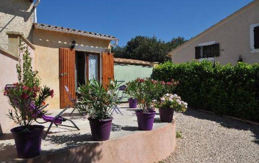 Location de vacances - Appartement à Lioux