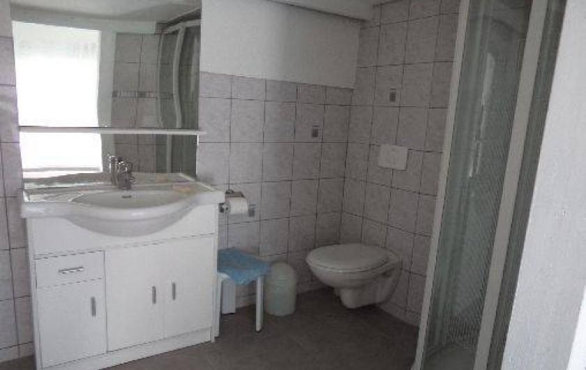 Location de vacances - Villa à Sète - salle d'eau de la chambre 3