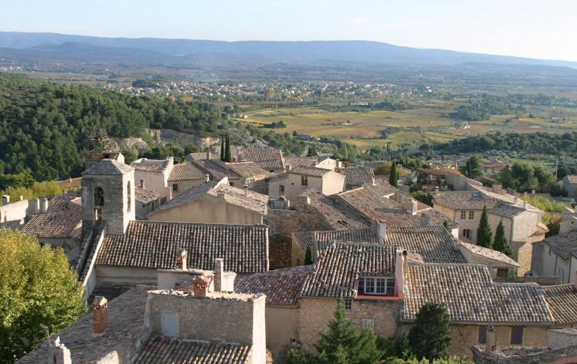 Location de vacances - Villa à Le Barroux - Le village vu du château