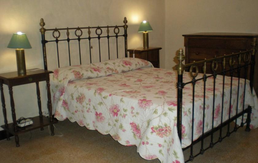 Location de vacances - Villa à Le Barroux - Chambre est 1 grand lit
