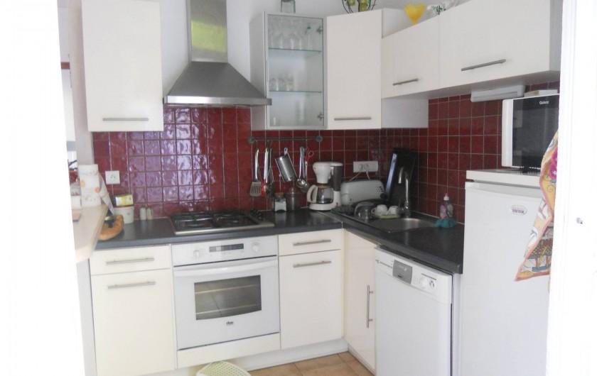 Location de vacances - Villa à Arcachon - Cuisine appartement du haut