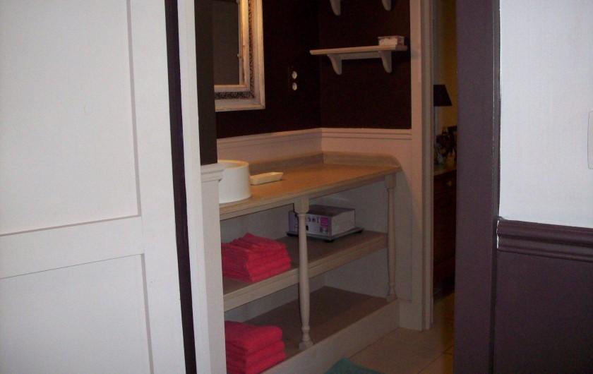 Location de vacances - Villa à Salviac - Salle de bain ensuite de la chambre 3 Douche à l'Italienne, lavabo,wc