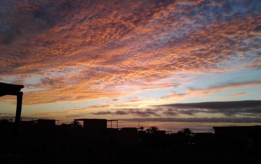 Location de vacances - Villa à Sidi Boulfdail - Coucher de soleil vu de notre terrasse