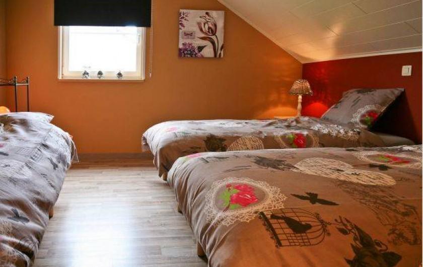 Location de vacances - Maison - Villa à Libramont - chambre 3 lits de 1 personne