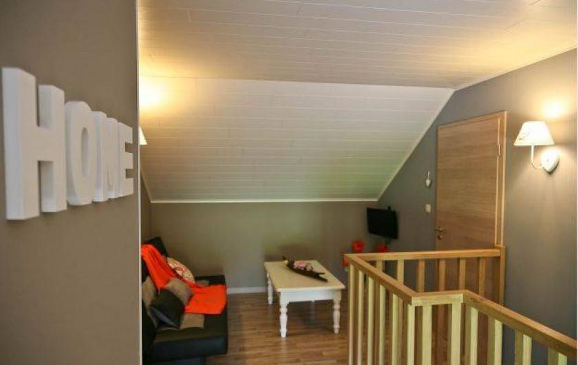 Location de vacances - Maison - Villa à Libramont - petit coin salon à l'étage