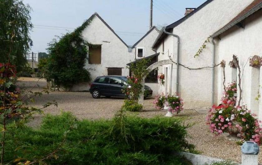 Location de vacances - Chambre d'hôtes à Dissay-Sous-Courcillon - une vue des chambres elles ont toutes des entrées indépendantes