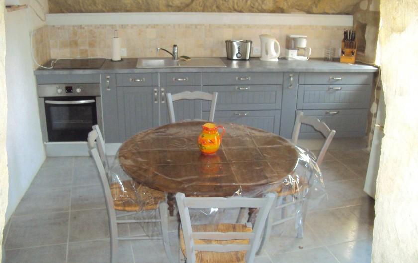 Location de vacances - Gîte à Dénezé-sous-Doué - cuisine aménagée