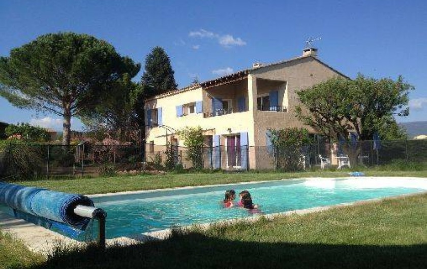 Location de vacances - Gîte à Gargas - Villa et piscine