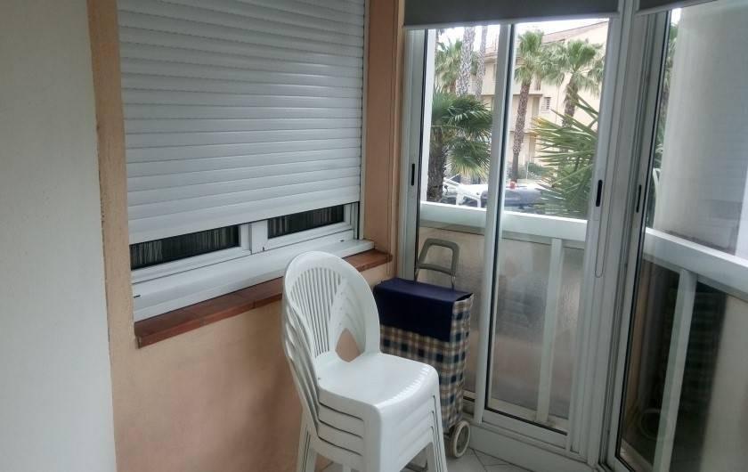 Location de vacances - Appartement à Sanary-sur-Mer - loggia