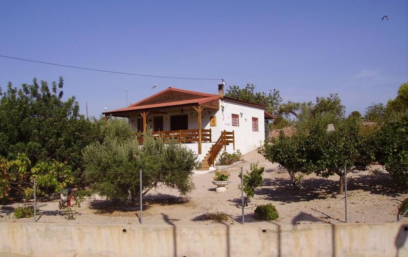 Location de vacances - Villa à L'Ametlla de Mar - Façade de la maison
