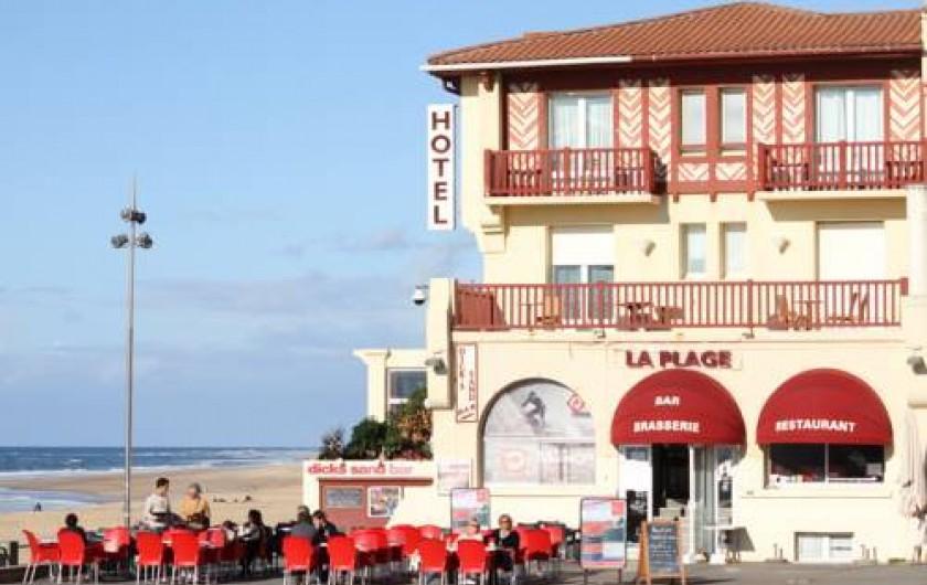 Location de vacances - Hôtel - Auberge à Soorts-Hossegor - Situation de l'hôtel de la Plage au bord de l'océan