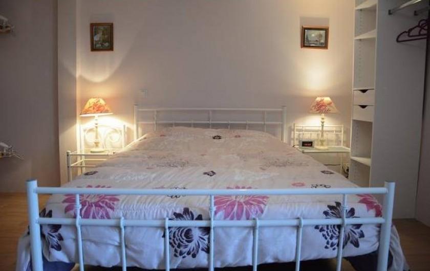 Location de vacances - Maison - Villa à Savigny-Poil-Fol - chambre rez de chaussée